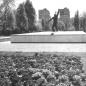 Köztársaság tér - munkásmozgalmi emlékmű - 1960-as évek
